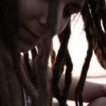 Dealing With Loose Hair Around Your Dreadlocks